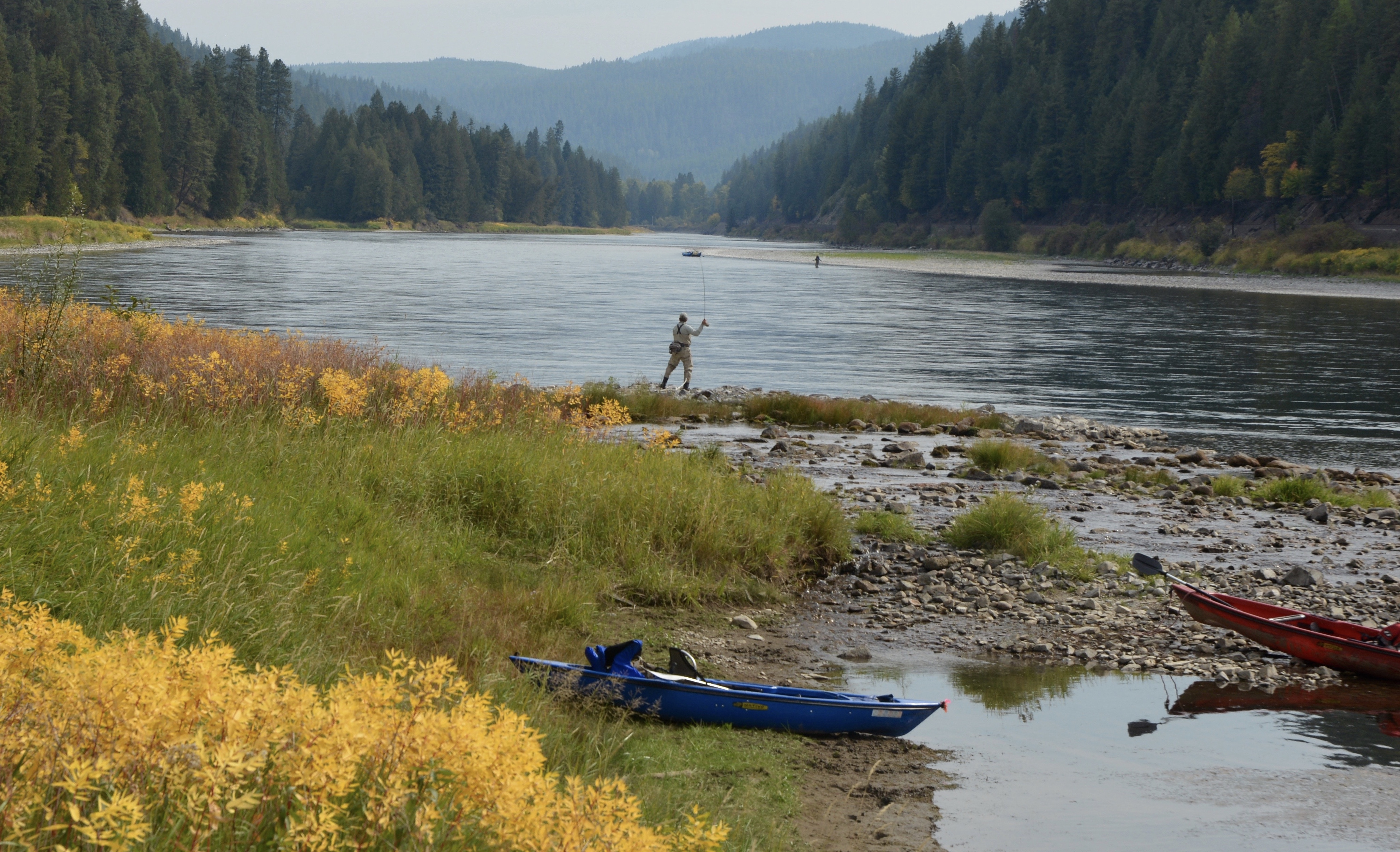Fall favorite floating and fishing the kootenai river for Fishing for floaters game