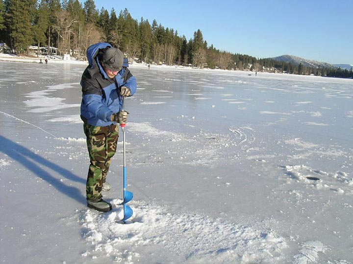Ice fishing in idaho idaho fish and game for Lake fishing games