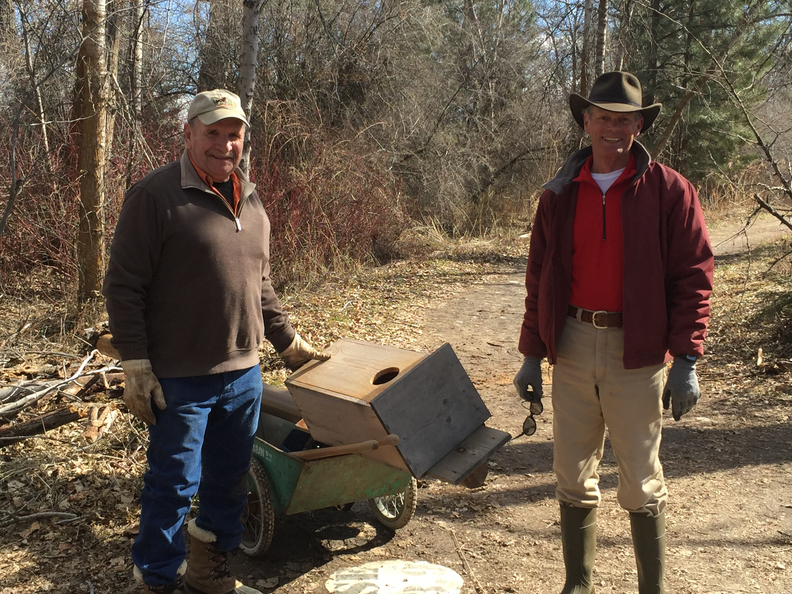 Volunteers put up wood duck box