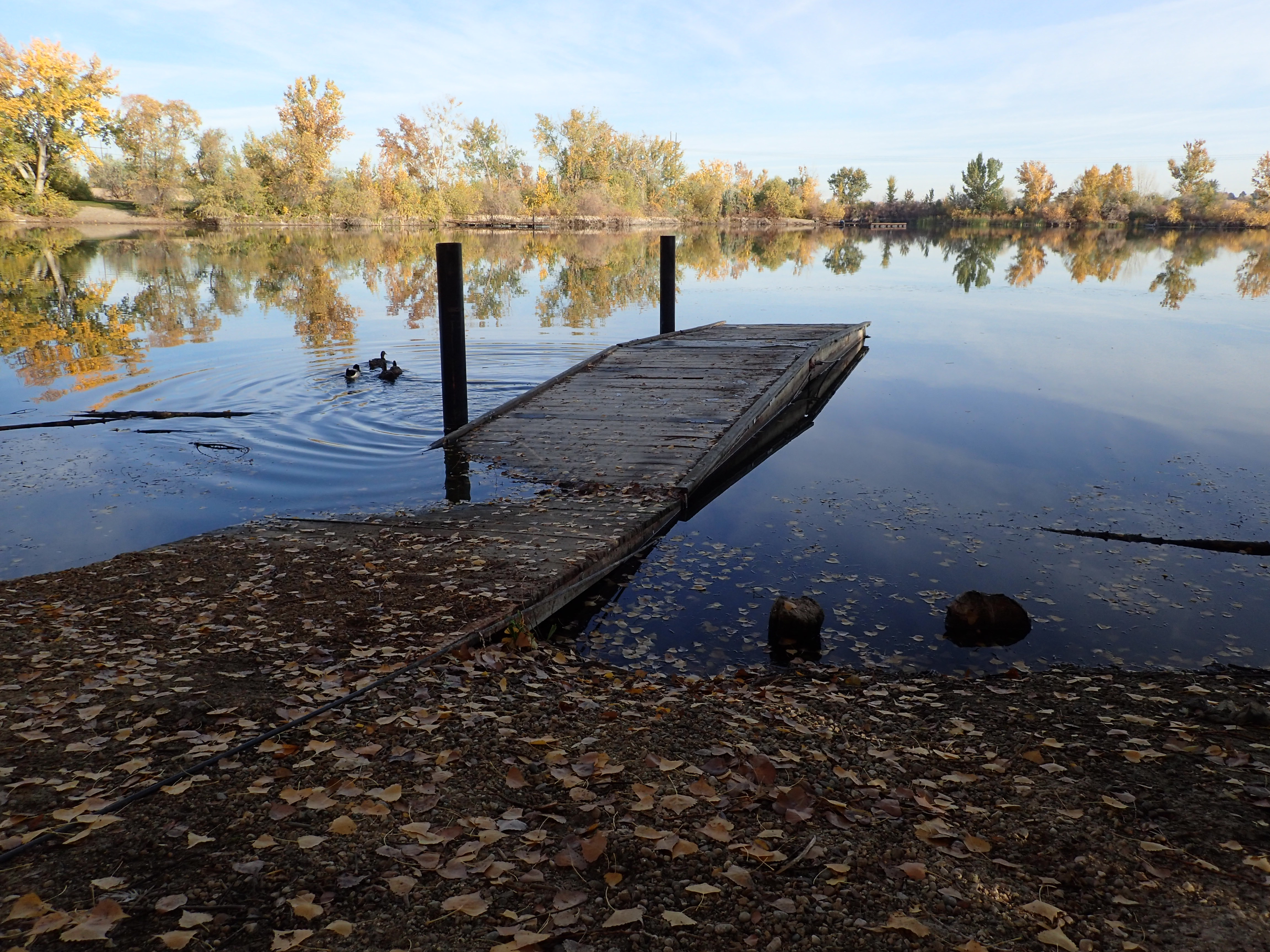 New fishing docks installed at Caldwell Rotary Pond ...