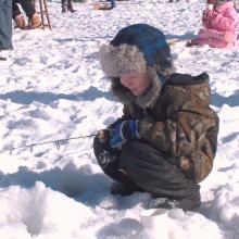 ice_fishing_kid